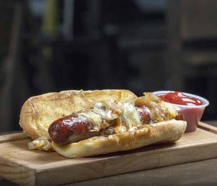 Hotdogs met braadworst